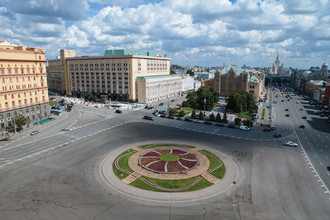 Лубянская площадь, июль 2015 года