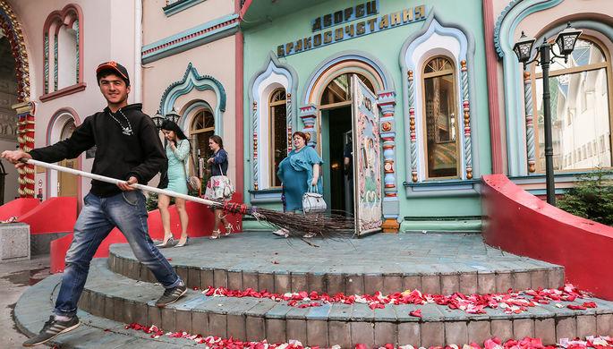 Дворец бракосочетаний №5 в комплексе «Кремль в Измайлово», 2016 год