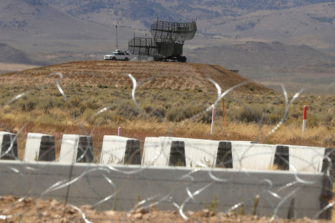 Вид на военную базу США в Зоне-51