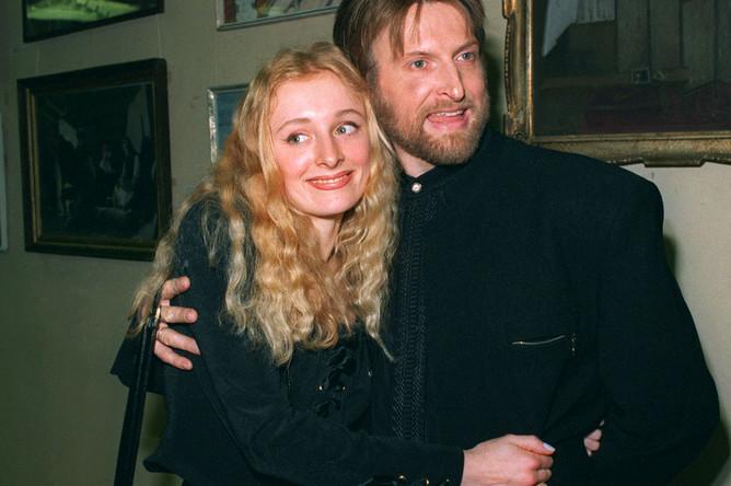 Актер Никита Джигурда с бывшей женой Еленой, 1997 год