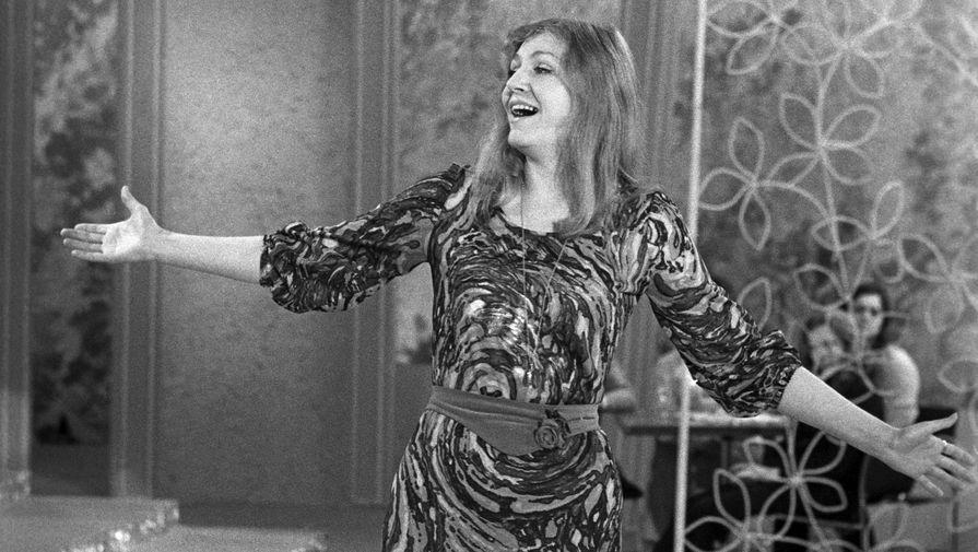 Пик популярности Герман в СССР пришелся на середину семидесятых годов. В 1974 году по телевидению показали ее концерт «Поет Анна Герман», а сама певица снялась в «Голубом огоньке»