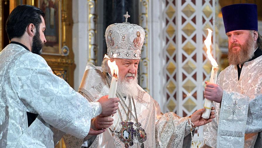 Патриарх Московский и Всея Руси Кирилл во время пасхальной службы в храме Христа Спасителя, 2 мая 2021 года