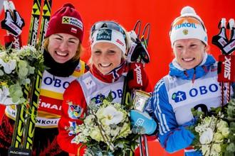 Слева направо: Юстина Ковальчик, Тереза Йохауг, Юлия Чекалева