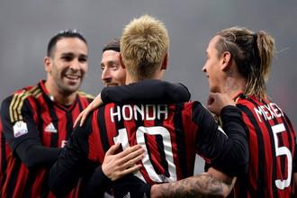 Кейсуке Хонда осваивается в «Милане»