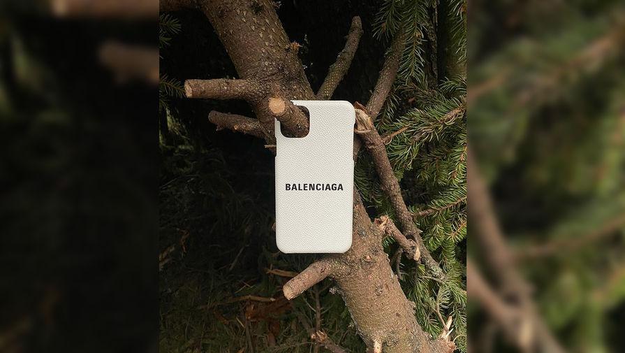 Новую коллекцию Balenciaga сравнили с одеждой Ким Чен Ына