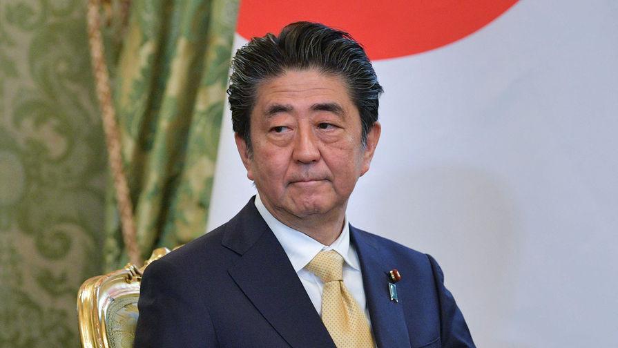 Абэ заявил о невозможности «откладывать» вопрос переноса военной базы США с Окинавы