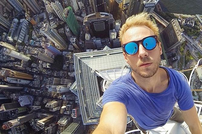 Селфи на шпиле небоскреба