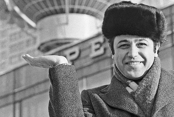 Евгений Петросян на Калининском проспекте, 1981 год