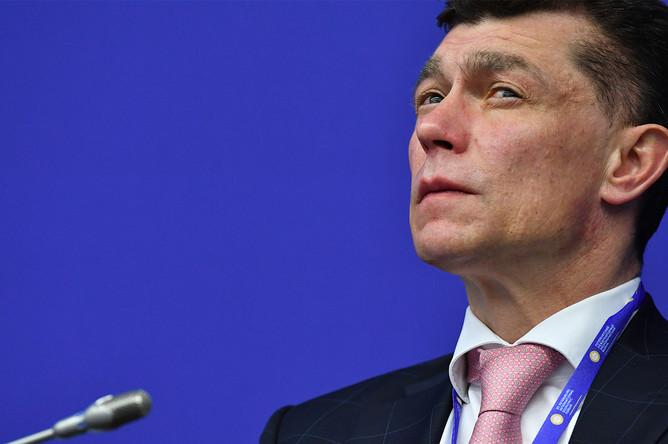 Министр труда и социальной защиты России Максим Топилин во время панельной сессии в рамках Санкт-Петербургского международного экономического форума, 2 июня 2017 года