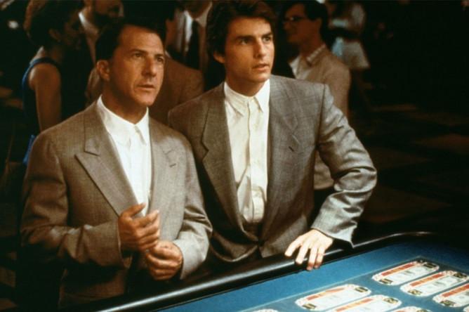 Дастин Хоффман и Том Круз. Кадр из фильма «Человек дождя» (1988)