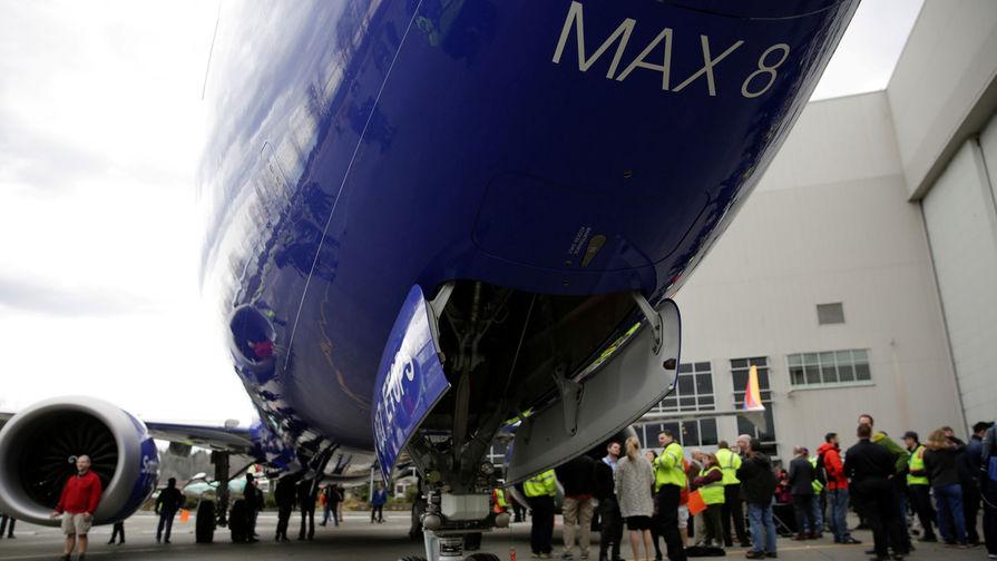 Boeing сертифицировал Max 8 сам с собой, выяснила Washington Post