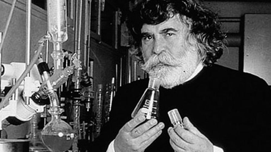 Дал миру объем и красоту: умер парикмахер Патрик Алес