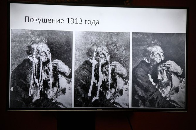 Во время брифинга, посвященного происшествию в Государственной Третьяковской галерее, 28 мая 2018 года