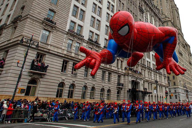 Парад в Нью-Йорке в честь Дня благодарения