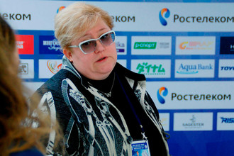 Тренер россиян Натальи Забияко и Александра Энберта, занимающих первое место после короткой программы пар, Нина Мозер