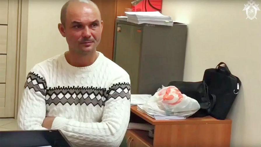 Мужчина, оставивший детей в аэропорту Шереметьево