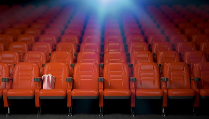 Нолан, Кэмерон, Скорсезе: режиссеры спешат на помощь кинотеатрам