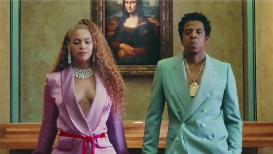 Бейонсе и Jay-Z обвинили в нескромности из-за снятого в Лувре клипа