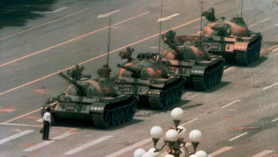 В университете Гонконга демонтируют памятник жертвам протестов на площади Тяньаньмэнь