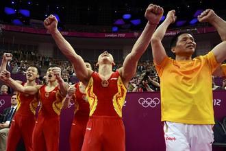 Мужская сборная Китая по спортивной гимнастике завоевала золото