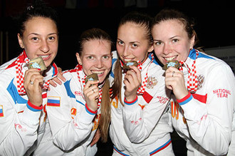 Женская сборная России по сабле- чемпионки Европы-2013