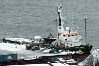 Арестованный ледокол Arctic Sunrise в порту Мурманска