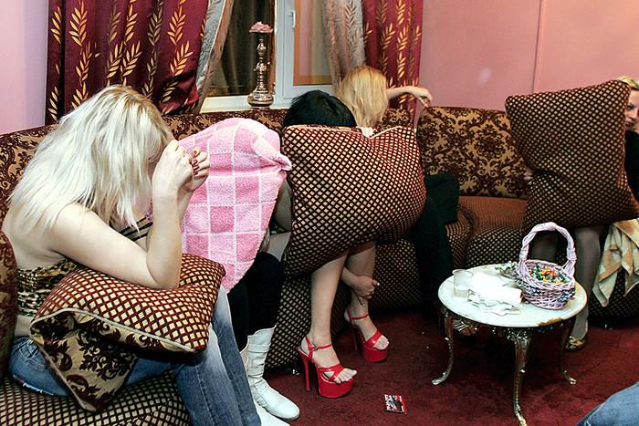 sotovie-rabotaet-nad-prostitutsiey