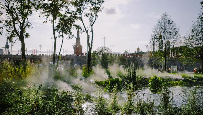 На территории парка «Зарядье» в центре Москвы