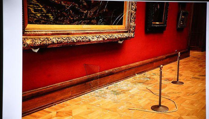 Последствия нападения на картину «Иван Грозный и сын его Иван 16 ноября 1581 года» в...