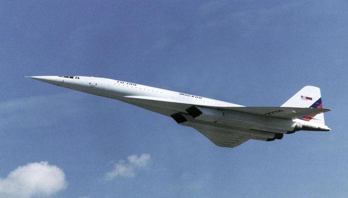 Ту-144 над Москвой в рамках совместного исследовательского проекта с NASA, 1998 год