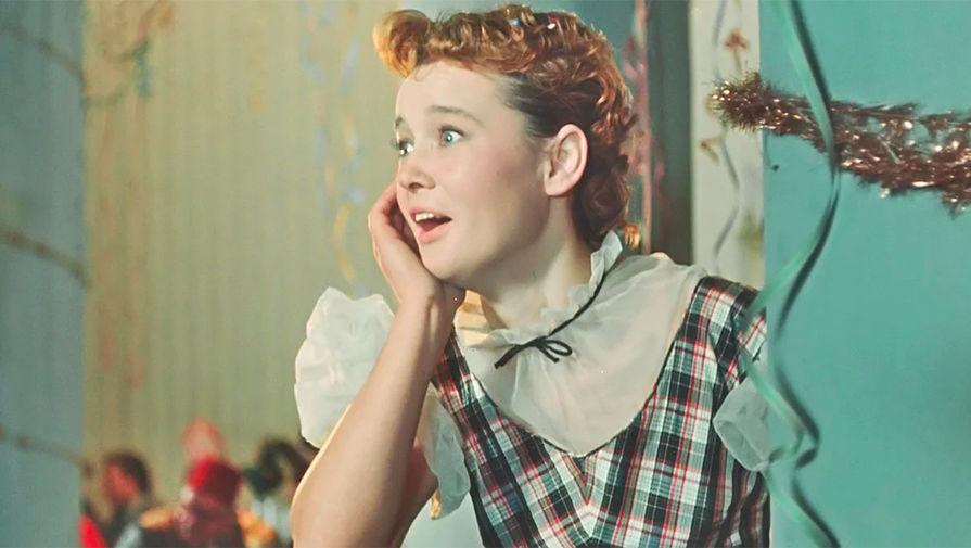 Людмила Гурченко в кадре из фильма «Карнавальная ночь» (1956)