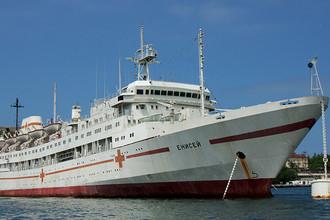 Госпитальное судно «Енисей» Черноморского флота РФ в Севастополе