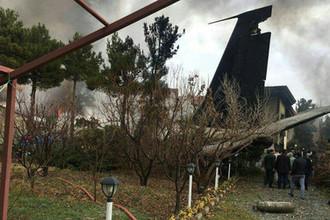 На борту — мясо: военный Boeing разбился под Тегераном