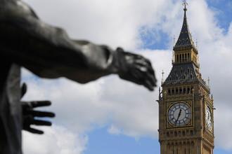 Статуя Уинстона Черчилля на Парламентской площади Лондона, 18 апреля 2017 года
