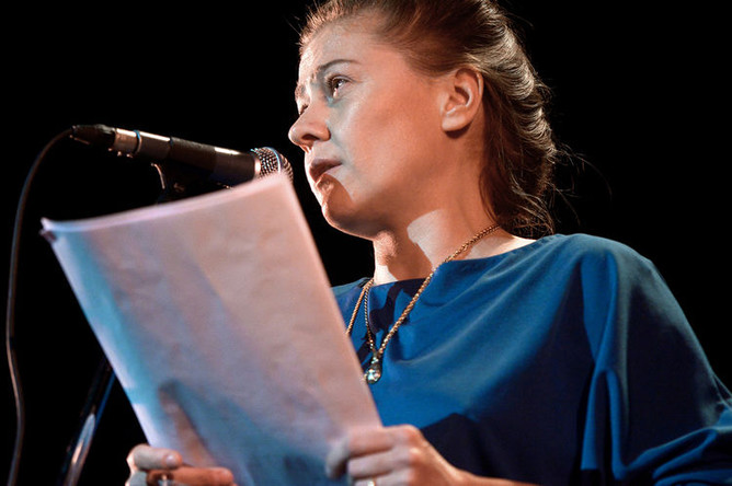 Актриса Мария Голубкина на «Пионерских чтениях» в Центральном Доме литераторов, 2014 год
