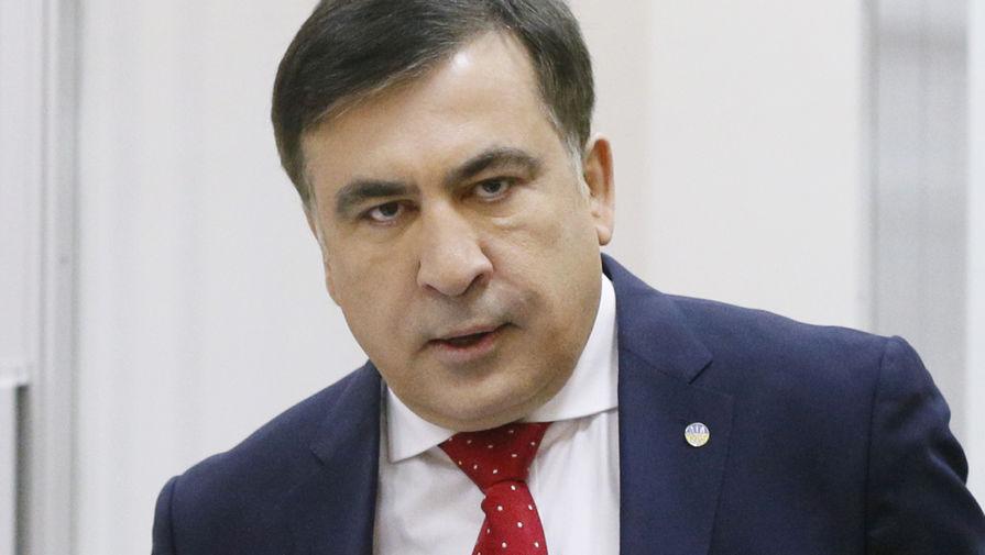 Адвокат рассказал, что Саакашвили продолжает пить