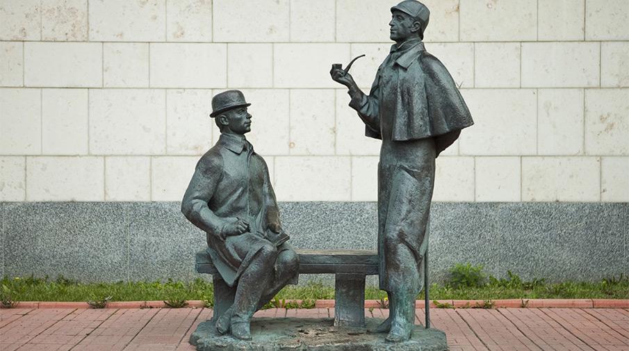 Памятники в москве литературным авторские фото памятники из гранита в екатеринбурге туле