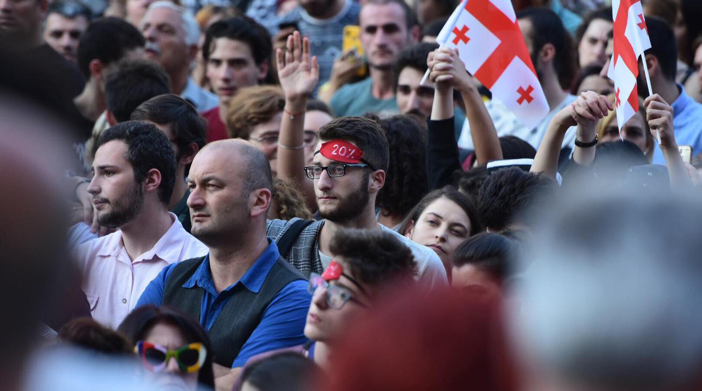 В Тбилиси возобновились антироссийские протесты