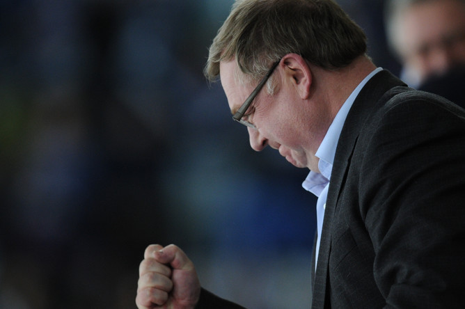Глава Счетной палаты Сергей Степашин на хоккее в «Лужниках»
