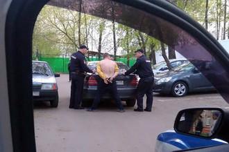 Задержание водителя Mercedes-Benz после погони на востоке Москвы, 5 мая 2018 года