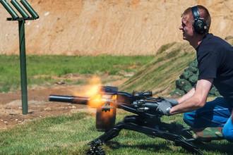 Автоматический станковый гранатомет АГС-40 «Балкан» на военно-техническом форуме «Армия-2015» в Московской области