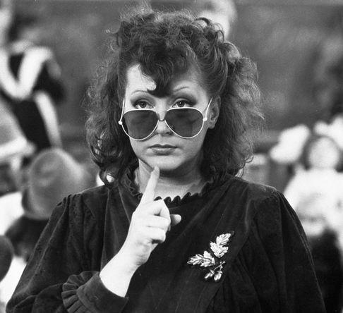 Алла Пугачева в роли певицы в художественном фильме «Сезон чудес», 1985 год