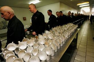 «Слишком дорого»: почему в России так мало заключенных