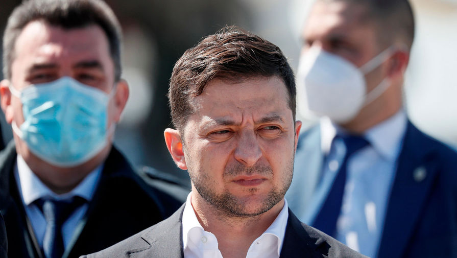 На Украине требуют отставки Зеленского