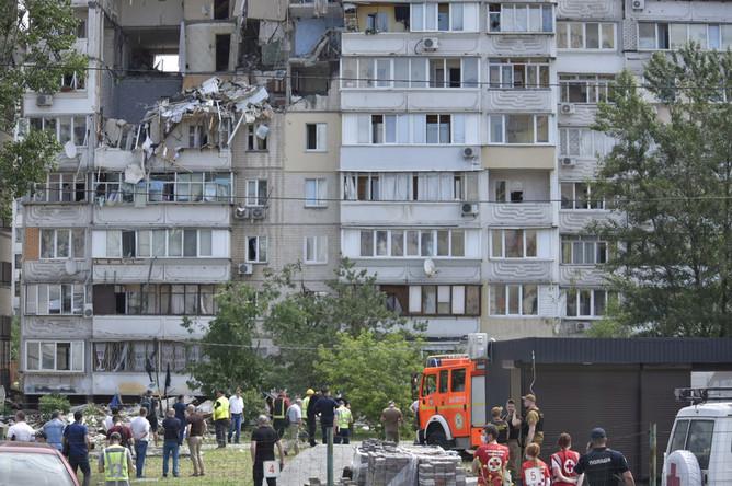 Жилой девятиэтажный дом в Киеве, где произошел взрыв бытового газа, 21 июня 2020 года