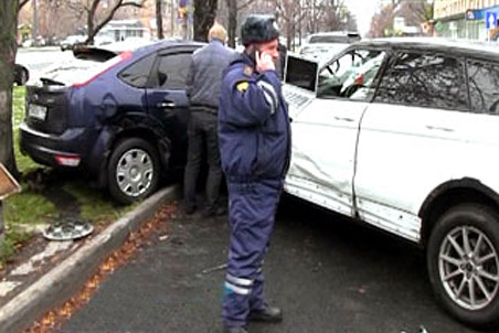В аварии девушка-пешеход получила серьезные травмы