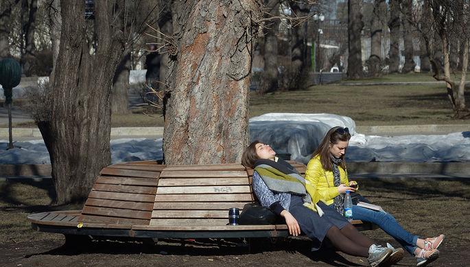 Помощь в борьбе с вирусом: когда в Россию придет жара