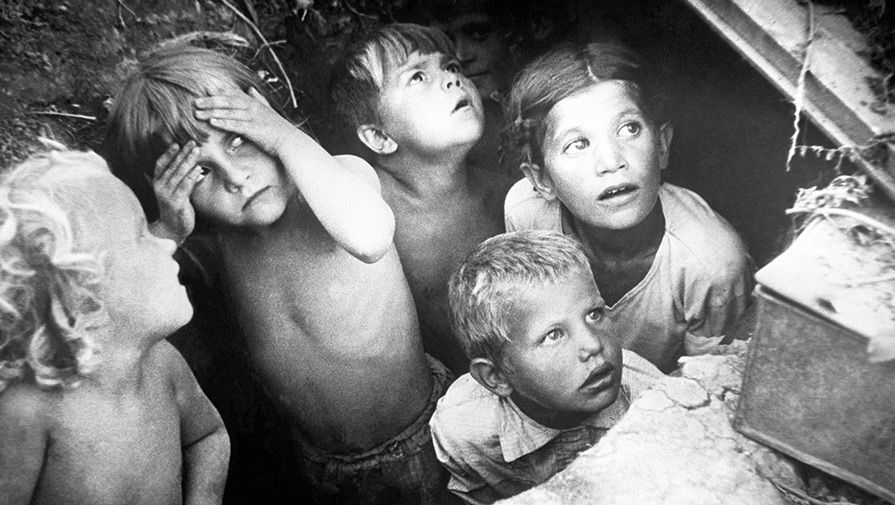 Дети войны. Во время налета немецкой авиации