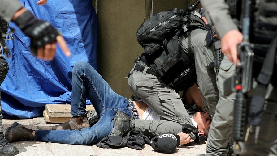 Ситуация в районе мечети «Аль-Акса» на Храмовой горе в Иерусалиме, 10 мая 2021 года