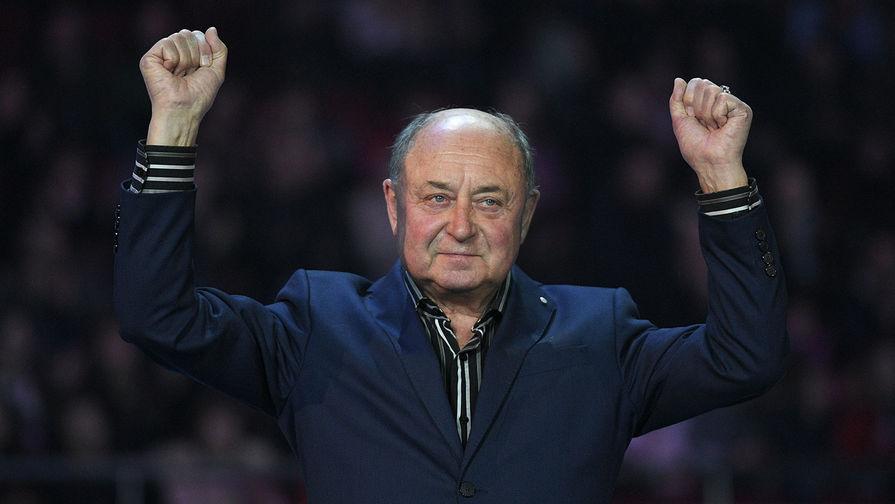 Мишин имеет широкое признание в фигурном катании и является заслуженным тренером СССР и России. Кроме того, Алексей Мишин награжден множеством наград, в том числе и «За заслуги перед Отечеством»